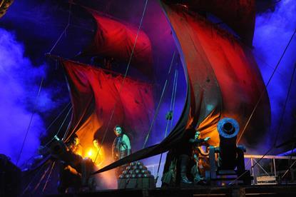 Bildergebnis für staatstheater wiesbaden der fliegende holländer mikneviciute