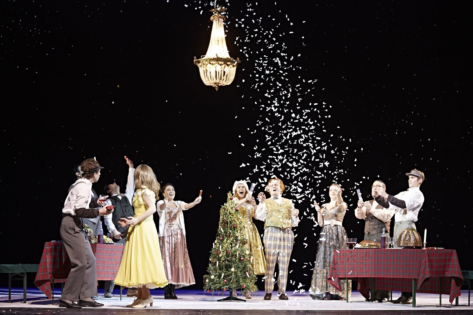 Hessisches Staatstheater Wiesbaden - Scrooge oder Weihnachten ...