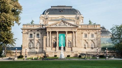 Hessisches Staatstheater Wiesbaden Home